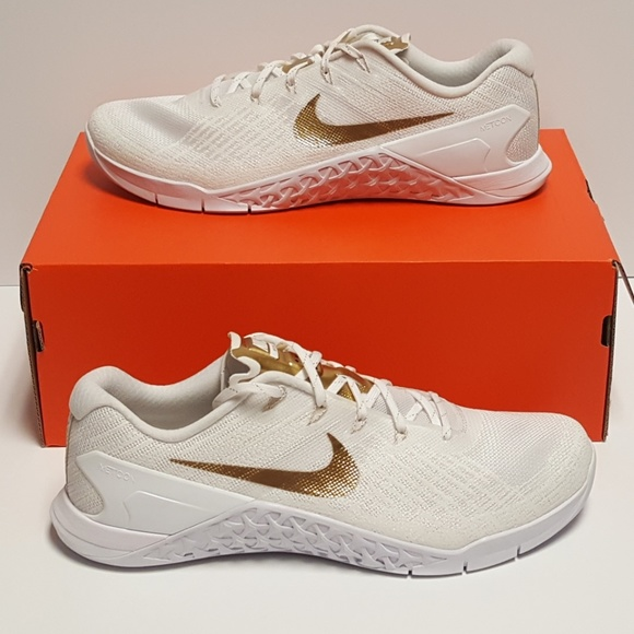 Nike Shoes   Womens Nike Metcon 3 Amp